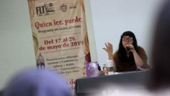 Zel Cabrera se presentó ante decenas de estudiantes del Colegio de Bachilleres (COBACH) plantel La Mesa, donde compartió su libro Una jacaranda en medio del patio.