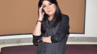 "Victoria Ruffo durante el claquetazo de la telenovela ""Cita a Ciegas""."