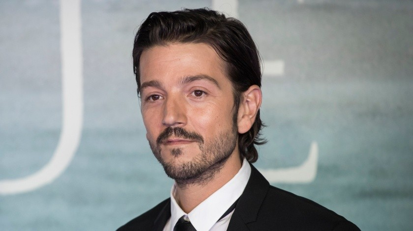 """""""Rogue One: A Star Wars Story"""" - Launch Event - Red Carpet Arrivals - LONDON, ENGLAND - DECEMBER 13:  Diego Luna attends the launch event for """"Rogue One: A Star Wars Story"""" at Tate Modern on December 13, 2016 in London, England.  (Photo by John Phillips/Getty Images) - Not Released (NR)(2016 John Phillips, Getty Images Europe)"""