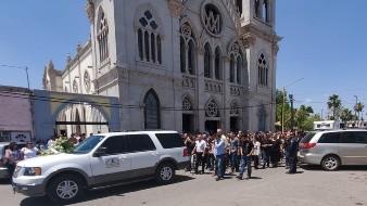 Parte cortejo fúnebre para sepultar a Ámbar Dolores