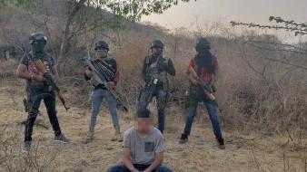 Comando armado exhibe a hijo de ex dirigente del PRI; lo encuentran muerto