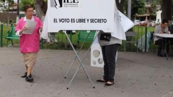 En la casilla 0813, colocada en el Parque Independencia, en la colonia del mismo nombre, se empezó con el proceso electoral hasta las 10:39 horas.