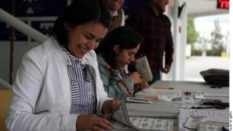 Morena se queda con gubernaturas de Puebla y BC