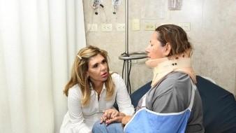 La gobernadora supervis� la atenci�n a los pacientes. - 1 : byn