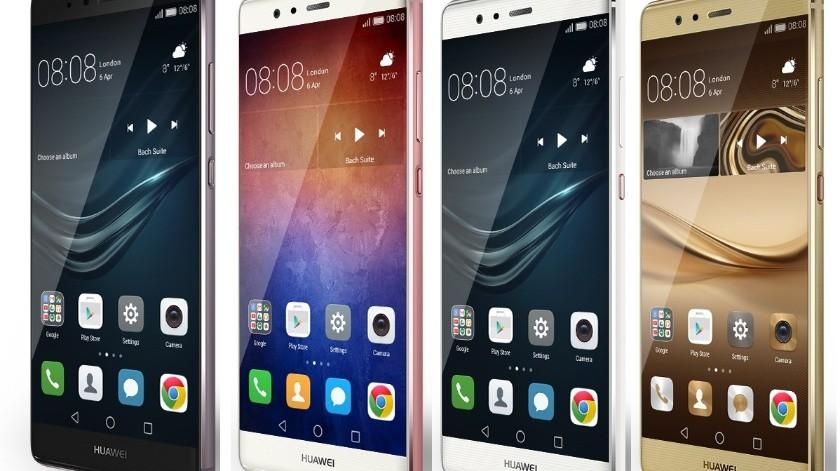 Corre el rumor queFoxconn ha cortado la producción de algunos modelos a solicitud de Huawei. No se mencionan los modelos afectados, pero se espera que sea una medida temporal.