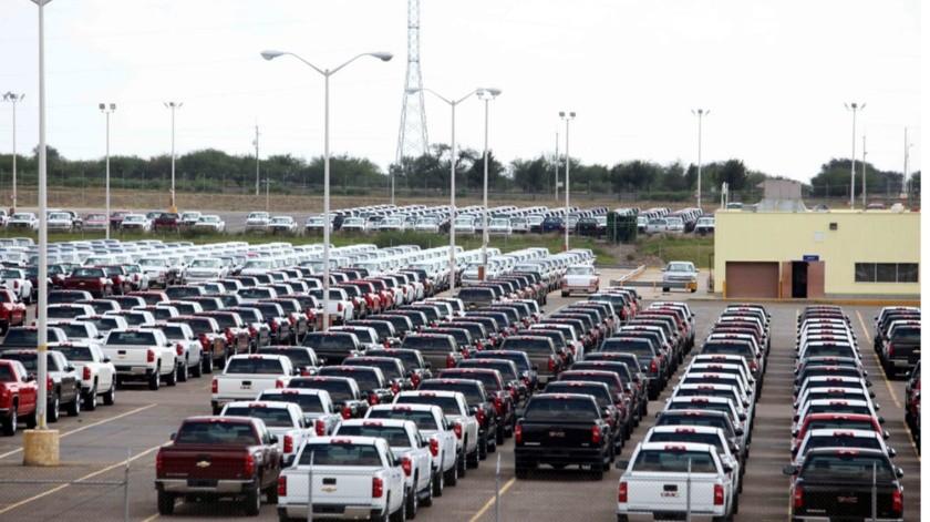 Nissan, Honda y Toyota tienen plantas en México, pero Nissan es la que tiene más riesgo por su mayor producción, afirma Fitch.(Agencia Reforma)