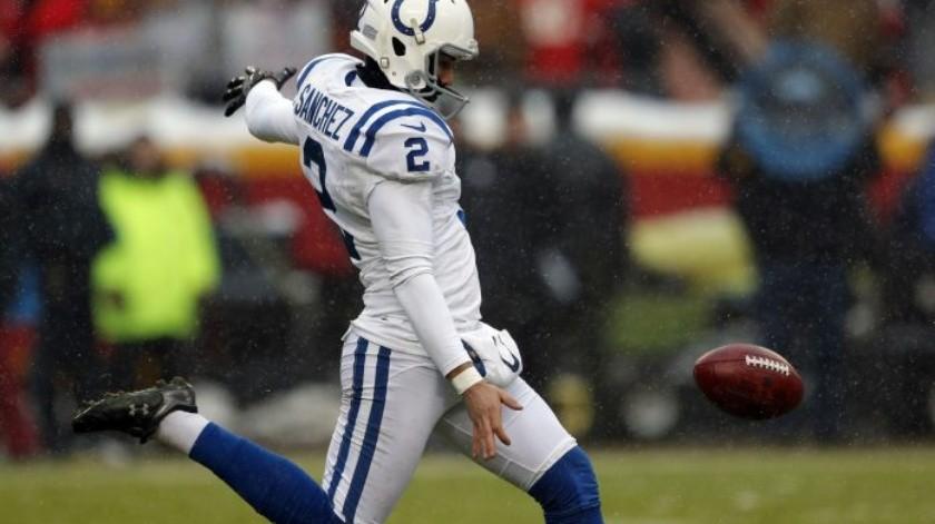 Mexicano Rigoberto Sánchez renueva con Colts(AP)