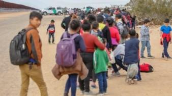 ICE considera deportar a familias que viven en EU