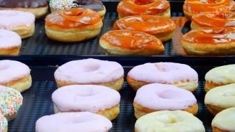 Krispy Kreme y Uber Eats te invitan a comer donas gratis por un año
