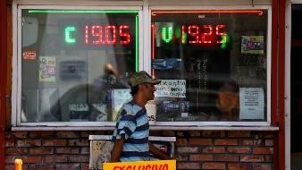 La cotizacion del dólar aumentó en los últimos dos días, principalmente por la amenaza de Trump de imponer aranceles a productos mexicanos y la disminución en la calificación de México por parte de calificadoras internacionales.