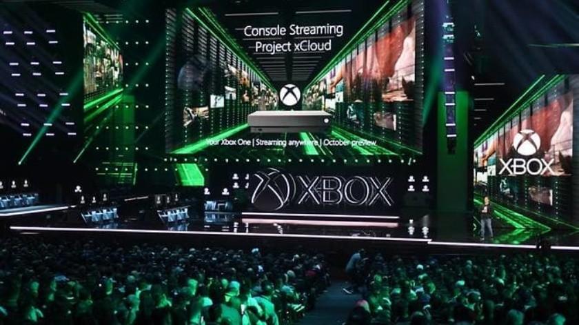 Xbox lucha en el terreno de las consolas con Sony, que trabaja en un nuevo PlayStation, mientras ambos enfrentan cambios en el sector con el auge de viodeojuegos alojados en servicios de streaming desde la nube.(AFP)