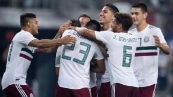 """Raúl Jiménez está destinado a ser el referente del """"Tri"""" en la Copa Oro."""