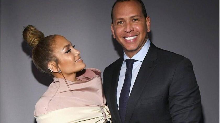 Aunque Jennifer Lopez sigue gritando a los cuatro vientos su amor por Alex Rodríguez, todo indica que los rumores con respecto a las infidelidades del ex pelotero han hecho que la cantante tome medidas extremas para resguardar su amor(Tomada de la red)
