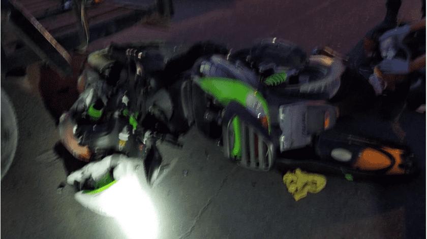El fallecido se trasladaba en una motocicleta Italika verde.(Cortesía)