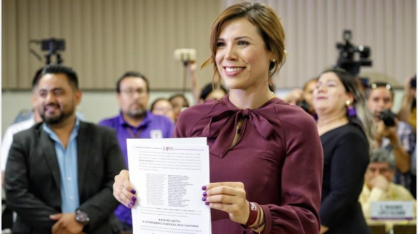 Marina del Pilar recibió constancia de alcaldesa electa de Mexicali.(José María Cárdenas)