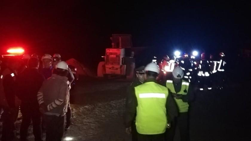 Chile: Colapsa mina y deja atrapadas a 3 personas(Twitter @Sernageomin)