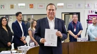 González Cruz declaró que tiene el compromiso de encabezar un gobierno transparente que tienda la mano a todos.