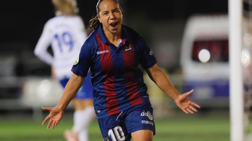 Charlyn Corral se despide del Levante tras cuatro temporadas