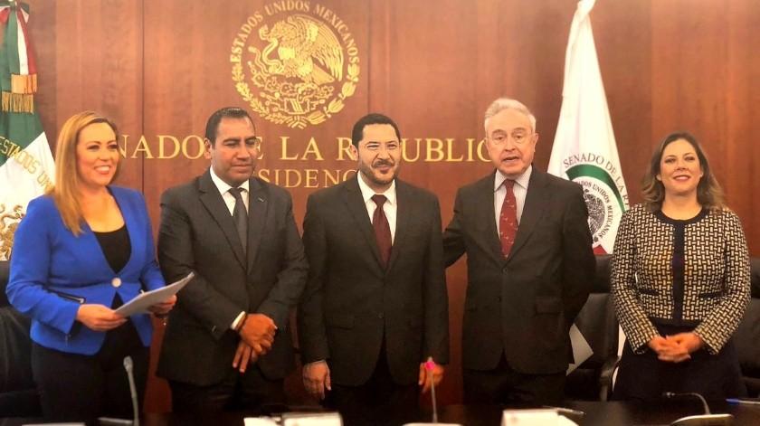 El presidente del Senado, Martí Batres Guadarrama (Morena), informó que en sus oficinas se firmó el protocolo que contiene el Tratado México-Estados Unidos-Canadá (T-MEC) y sus seis acuerdos paralelos, en el que participaron cuatro comisiones legislativas de la Cámara Alta.