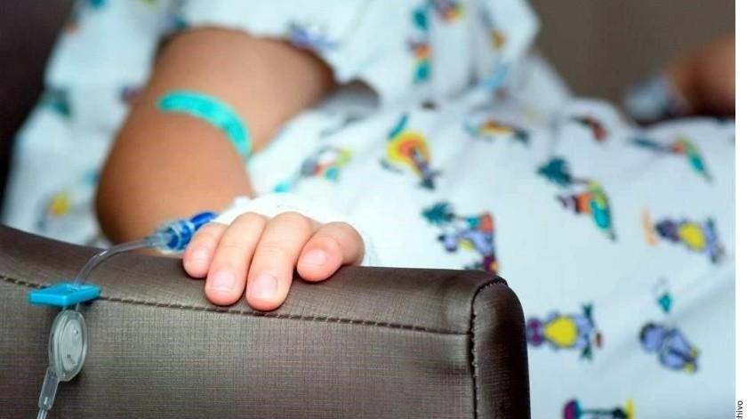 Padres cuyos hijos de hasta 16 años tengan diagnóstico de cáncer podrán gozar de licencias de trabajo, afirmó Zoé Robledo, titular de IMSS.(Reforma)