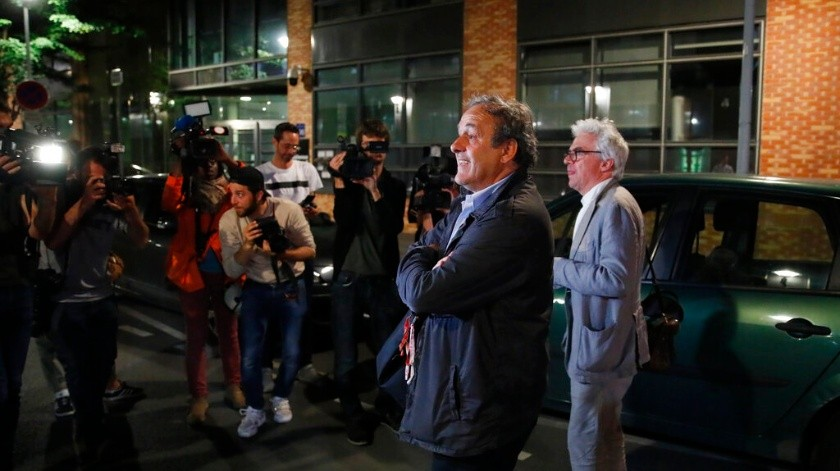 El ex dirigente de la UEFA fue puesto en libertad la madrugada de este miércoles.(AP)