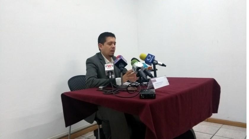 Luis Alberto Ruiz Mora, Secretario Técnico del Consejo Estatal del Sida (Coesida), indicó que se eligió a la Entidad para formar parte de uno de los cuatro sectores en los que se dividió el País para el recibimiento y la entrega de antirretrovirales.(Agencia Reforma)