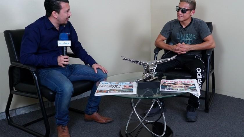 """Elwin """"La Pulga"""" Soto en entrevista exclusiva en EL IMPARCIAL tras su victoria como campeón mundial minimosca de la OMB.(Víctor Medina)"""