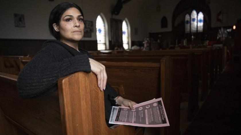 El esposo de Cecilia García fue deportado a México, por lo que ella busca evitar que otras personas pasen por lo mismo.(AP)