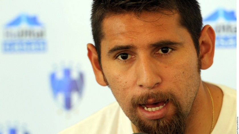 Jonathan Orozco, portero de la Selección Nacional Mexicana abandonó la concentración del equipo nacional debido a que su madre se encuentra enferma.