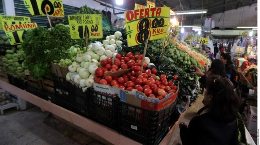 El Instituto Nacional de Estadística y Geografía informó este lunes que la inflación interanual de México se desaceleró más de lo esperado.