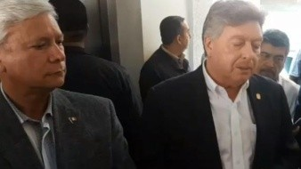 El actual mandatario Francisco Vega la de Lamadrid, este último aseguró que no tiene nada que temer en el proceso de la transición de gobierno.