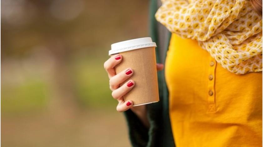 La cafeína, contenida en el café y los tés, puede ser un arma de doble filo, ya que su consumo excesivo puede causar efectos adversos, como la sensación de nerviosismo, por lo que su tolerancia dependerá de cada individuo.(Tomada de la red)