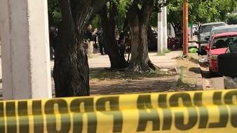 Hombres armados matan a comensales en taquería