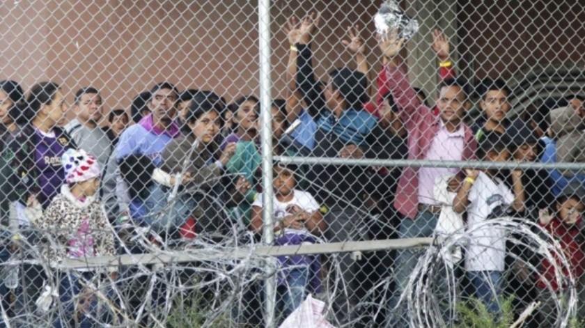 Narran niños migrantes detenciones en condiciones inhumanas(AP)