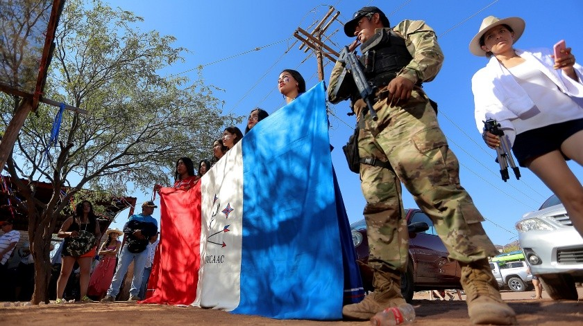La etnia Comcáac celebra hoy su Año Nuevo y lo hicieron con honores a su bandera y un festival cultural para demostrar a los visitantes sus raíces ancestrales.(Eleazar Escobar)