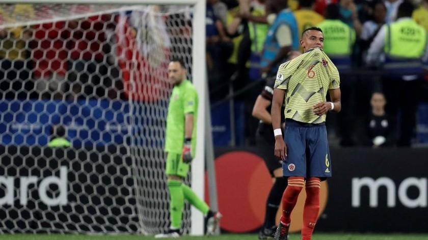 Futbolista colombiano recibe amenazas de muerte tras fallar penal ante Chile(Twitter)