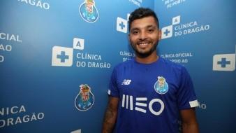 Tecatito será uno de los capitanes del Porto