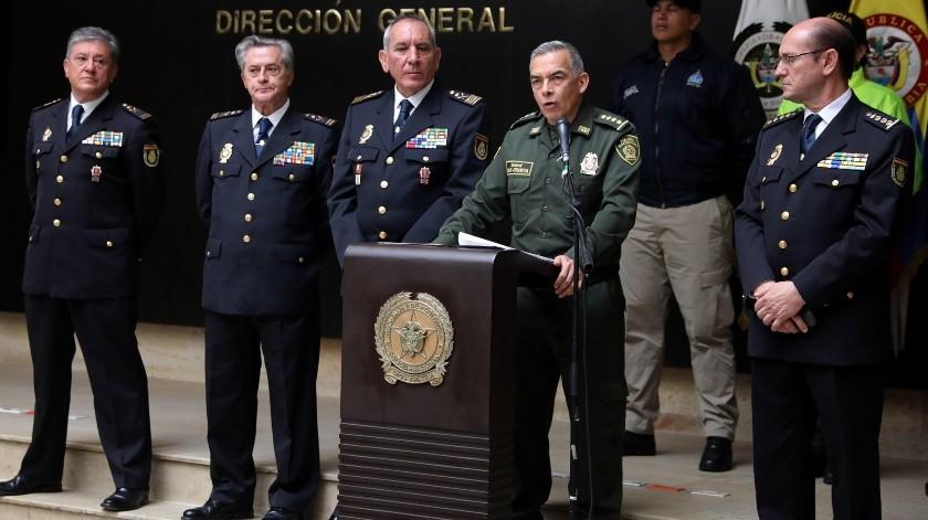 El general de la Policía Nacional de Colombia,Oscar Atehortua, habla este martes junto al director adjunto operativo de la Policía Nacional de España, José Angel Gonzalez, durante una rueda de prensa en Bogotá .(EFE, EFE)