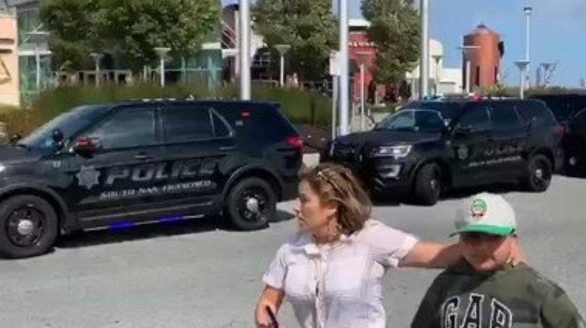 Reportan tiroteo en centro comercial de EU(Captura de video)