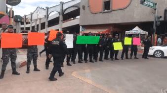 Elementos de la Policía Federal realizaron un bloqueo parcial en la calle Galeana y 5 de Febrero de Ciudad Obregón.