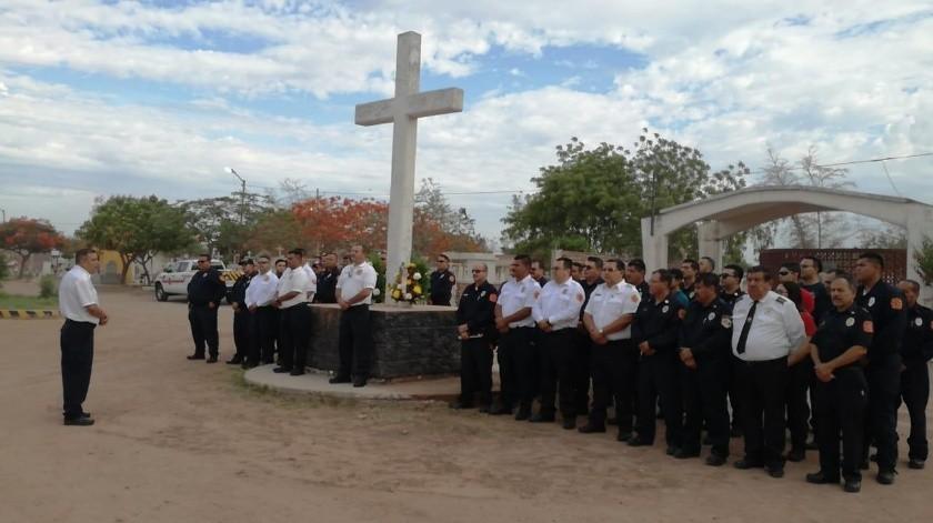 Bomberos celebraron su 70 aniversario en Cajeme.(Mayra Echeverría)