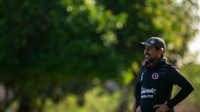 Óscar Pareja ve con buenos ojos a sus jugadores hermosillenses.(Cortesía)