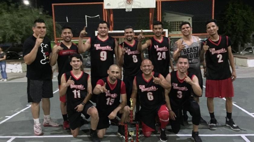 Equipo de Banda San Bosqueña, campeón del Torneo de Basquetbol de Los Jardines.