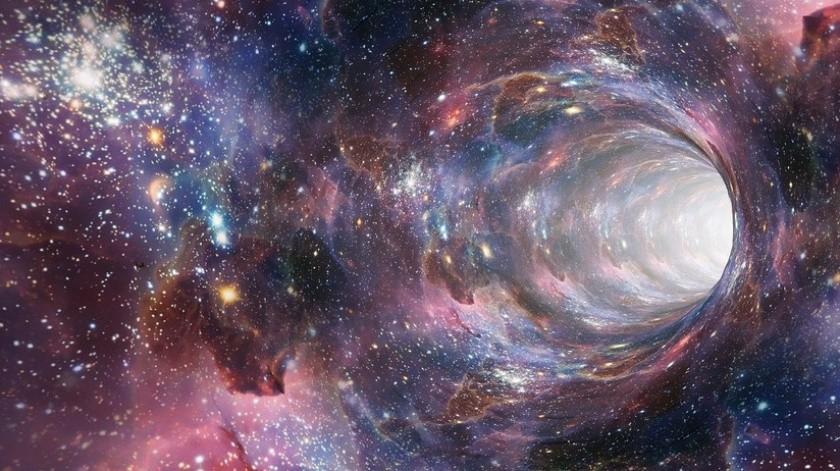 Aunque no cree que en el universo espejo sea posible encontrar vida inteligente, no duda que no es menos complejo que el nuestro.(Cortesía)