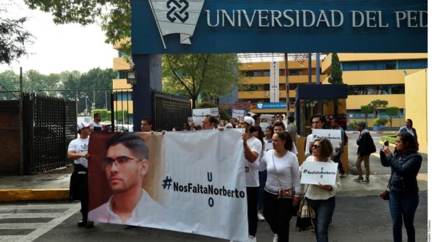 Familiares y amigos de Nolberto Ronquillo.(Agencia Reforma)