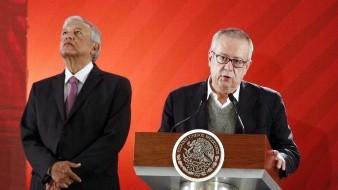 Andrés Manuel López Obrador y el ex secretario de Hacienda, Carlos Urzúa.