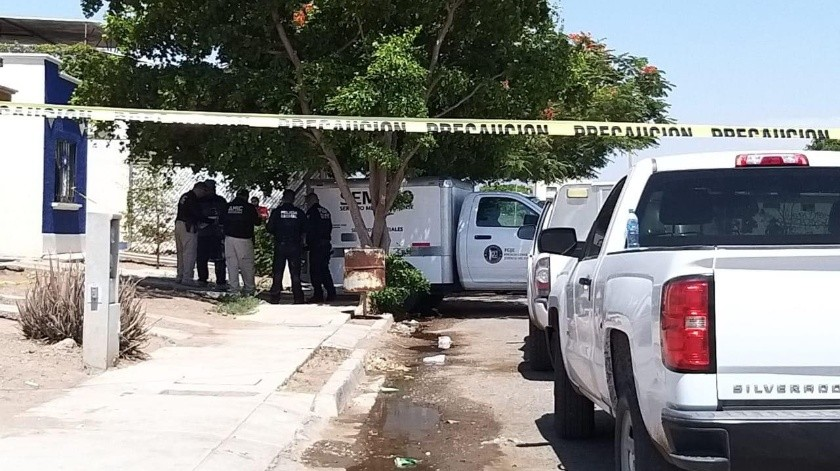 El cuerpo de un hombre sin vida y encobijado fue hallado en una colonia de Obregón.