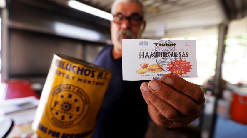 La venta de estas hamburguesas tendrían un valor de 100 pesos, con el cual se estaría apoyando directamente al equipo de rescate, esto para que sigan con su servicio a quien necesite de ellos.(José María Cárdenas)