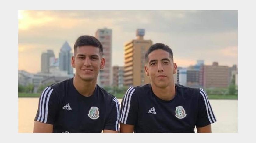 Los sonorenses Jesús y Joel Gómez buscan llegar al Mundial Sub 17 de Futbol.(Especial)