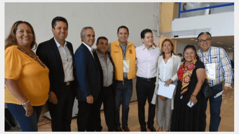 Ávila Romero aseguró que el titular del Ejecutivo federal ha permitido que su homólogo estadounidense dicte la política exterior de México.(Especial)